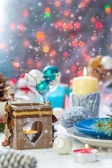 Christmas festive xmas eve table board setting New Year snowman — Stock fotografie