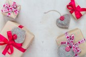Valentines Day gifts hand sewn hearts old paper — 图库照片