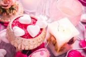 Composição de spa dia dos namorados coração amo a saúde do corpo — Fotografia Stock