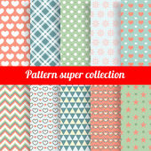 Collection of Chic Vector Seamless patterns. Heart, flower and dot shape. — Stock Vector