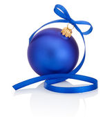 Blue christmas ball with ribbon bow Isolated on white background — Stock Photo