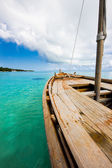 Old wooden boat in the Indian ocean — Stockfoto