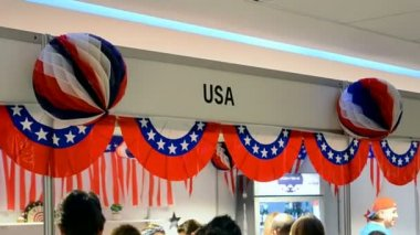 Decorated USA booth during Charity bazaar 2014 in Kiev, Ukraine. — Stok video