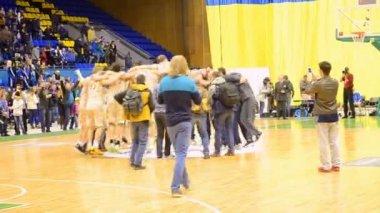 Golden cup, basketball championship F4 Final in Kiev, Ukraine. — Stock Video