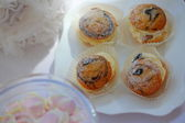 Sweet cupcakes close up — Stock Photo