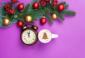 Cappuccino and christmas tree shape with alarm clock — Stock Photo