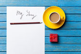 Coffee and paper with Good day inscription — Φωτογραφία Αρχείου