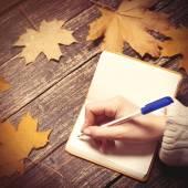 Escritura femenina — Foto de Stock