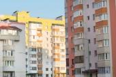 New multi-storey, brick home in the city quarter — Stock fotografie