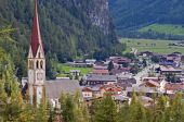 Mountain village in Otztal, Tirol, Austria — Stock Photo