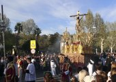 Religious Easter procession at Granada Spain — Стоковое фото