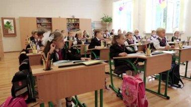 Schoolchild's in classroom — Stock Video