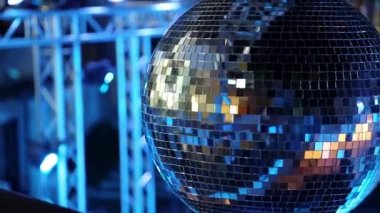 Glitter ball on dancefloor — Vídeo Stock