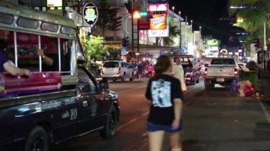 Road traffic on the Beach Road — Vídeo de Stock