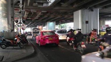 Road traffic in Bangkok — Stock Video