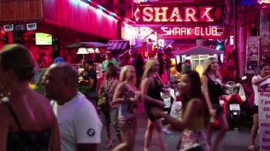 Walking Street in Pattaya, Thailand — Stock Video