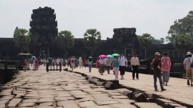People in Angkor Wat — Stock Video