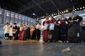 Members of folk group Kupina from Brodsko posavska zupanija, Croatia during the 48th International Folklore Festival in Zagreb — Stock Photo