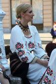 エドモントン (アルバータ州)、ザグレブの 48 国際民俗祭の間にカナダからのウクライナのダンサーの viter グループの民族のメンバー — ストック写真
