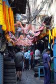 Auto parts store on Malik bazar in Kolkata, India — Stock Photo