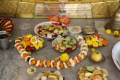 Food for religious worship, Buddhist temple in Howrah, West Bengal, India — Stock Photo