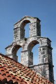 The bell tower of the church of Saint Mary in Punta, Budva, Montenegro — Foto de Stock