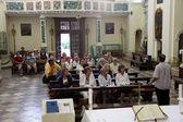 Mass for pilgrims in the Catholic Church Saint Eustache in Dobrota, Montenegro — Zdjęcie stockowe