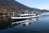 Boat Salzkammergut on the Lake Wolfgangsee in Austria — Stock Photo