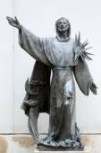 Statue of Saint Francis of Assisi in Vienna — Stock Photo