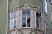Residential housing detail with window pediment in Graz, Austria — ストック写真