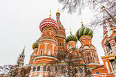 St. Basil Cathedral on winter in Moscow, Russia — Stock Photo