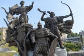 Sculptural Group on Independence Maidan in Kiev — Stock Photo
