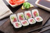 Sushi rolls with tuna and cucumber — Stock Photo
