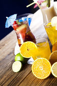Alcoholic cocktails with fruits — Stock Photo