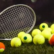 ������, ������: Tennis racket and balls
