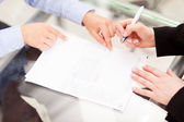 Business partner are signing the contract — Stock Photo