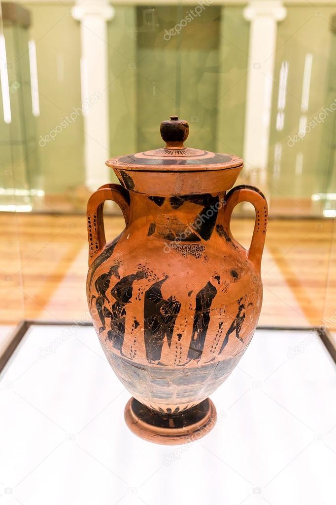 Antico vaso greco raffigurante ulisse combattendo il for Vaso greco antico