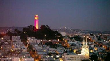 Coit kulesi ve aziz peter ve paul kilisesi — Stok video