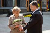 President of Ukraine Petro Poroshenko and Federal Chancellor of  — Stock Photo