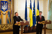 President of Ukraine Petro Poroshenko and European Commission Pr — Stock Photo