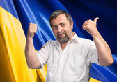 Thumbs up sign against Ukrainian flag — Foto de Stock