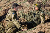 President of Ukraine Petro Poroshenko inspected the fortificatio — Stock Photo