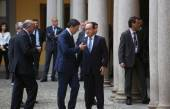 French President Francois Hollande and Prime Minister of Italy, — Stock Photo