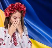 Young girl in the Ukrainian national suit — Stock Photo