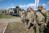 President of Ukraine Petro Poroshenko at the training center of — Stock Photo