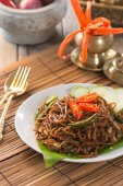 Asian spicy fried noodle — Stock Photo
