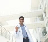 Indian male doctor celebrating — Stockfoto