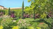 Garden in Barcelona — Stock Photo