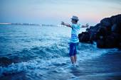 Teenager on the sea shore — Stock Photo