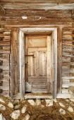 Wooden barn door — Stock Photo